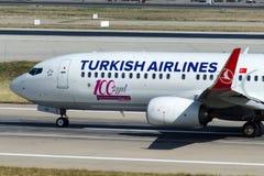 TC-JVD Turkish Airlines Боинг 737-8F2 Стоковое Изображение RF