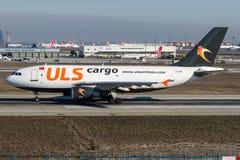 TC-LER, ULS货物,空中客车A310 - 300 免版税库存图片