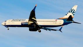 TC-SNP SunExpress, Boeing 737-800 Royaltyfria Bilder