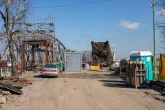 Tczew, pomorskie/Polen - 28 Maart, 2019: Remont van de oude historische Lisewski-brug Wederopbouw van de Vistula-kruising stock foto's