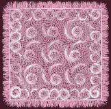 Teça o serviette listrado e rodado do grunge do laço com franja nas cores violetas e brancas Fotos de Stock