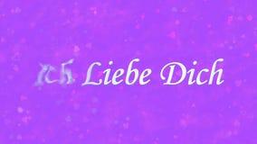 Te amo el texto en alemán Ich Liebe Dich da vuelta al polvo de la izquierda en fondo púrpura Imagen de archivo