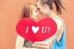 ¡Te amo! Pares felices Imágenes de archivo libres de regalías