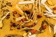 Te av?? traditionell kinesisk medicin Arkivfoton