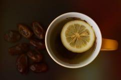 Te med citronen och många data arkivbilder