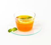 Te med citronen och mintkaramellen Royaltyfri Bild
