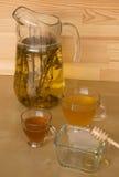 Te med honung Arkivfoto