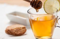 Te med honung Fotografering för Bildbyråer