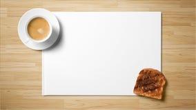 Te med rostat bröd på vitbok på träbakgrund royaltyfri fotografi