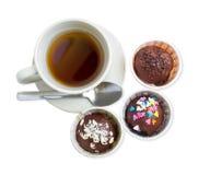 Te- och chokladboll fotografering för bildbyråer