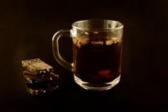Te och mjölkar choklad, det festliga lynnet, valentin dem Royaltyfri Fotografi
