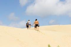 Te Paki Sand Dunes jättelika vita dyn en favorit- turist- attr Arkivfoton