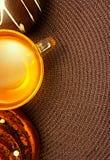 Tea&-Brötchen mit leerem Raum. Stockfotografie