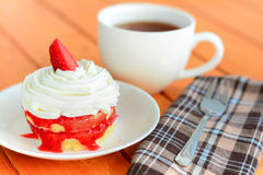 Tea break with strawberry cake Royalty Free Stock Photography