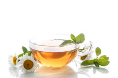 Tea of chamomile flowers Royalty Free Stock Images