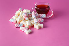 Tea cup with marshmallow Royalty Free Stock Images