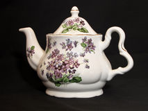 tea för bakgrundsblackkruka Royaltyfria Bilder