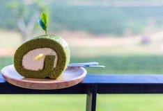 tea för cakegreenrulle Arkivfoto