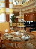 tea för tabell för brunei high set Arkivbilder