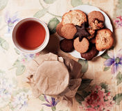 Tea with honey and cookies Royalty Free Stock Photos