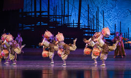 """Tea merchants-Dance drama """"The Dream of Maritime Silk Road"""". Dance drama """"The Dream of Maritime Silk Road"""" centers on the plot of two generations of a Stock Photography"""