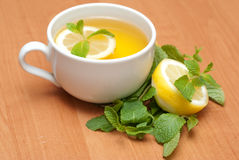 Tea with mint and lemon Royalty Free Stock Photography