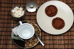 Tea och kaka arkivfoto