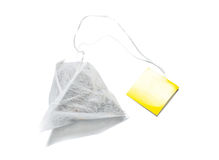 Teabag μορφής πυραμίδων που απομονώνεται στοκ φωτογραφία με δικαίωμα ελεύθερης χρήσης