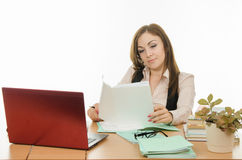 The teacher looks at the student assessment Blog Stock Photos
