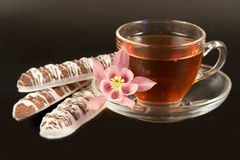 teacup com chá Imagens de Stock Royalty Free