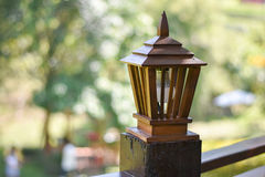 Teak ξύλινος λαμπτήρας Στοκ εικόνα με δικαίωμα ελεύθερης χρήσης
