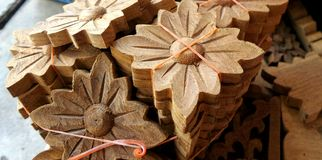 Teak wood flower carving for decoration interior work Royalty Free Stock Photos