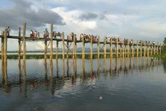 Teakholzbrücke Lizenzfreies Stockbild