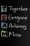 TEAM-Akronym geschrieben in buntes Lizenzfreie Stockfotos