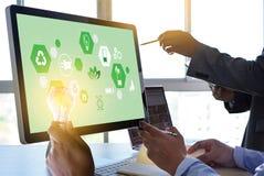 Team Business energibruk, sur hållbarhetbeståndsdelenergi royaltyfria foton