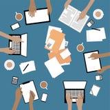 Team Collaboration con i dispositivi e le mani Fotografie Stock