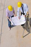 Team der Architekten auf construciton Site stockfotos