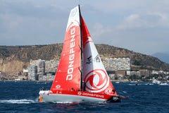 Team Dongfeng die na beginbeen 1 Alicante-Lissabon varen Royalty-vrije Stock Fotografie