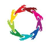 Team farbige Hände in einem Kreis lizenzfreie abbildung
