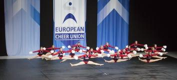 Team Ladies dalla Slovenia che esegue ai campionati Cheerleading europei 2018 dell'ECU Fotografia Stock