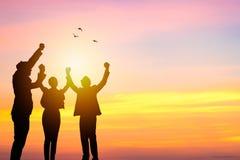 Team le travail et le concept de succes, gens d'affaires de corpus de silhouette Photos stock