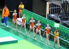 Team Netherlands under en konstnärlig gymnastikutbildningsperiod för Rio de Janeiro 2016 OS:er på Rio Olympic Arena Royaltyfri Bild
