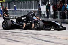 Team Neuseeland A1 das GP-Auto, das zu den Gruben zurückgeht Lizenzfreies Stockbild