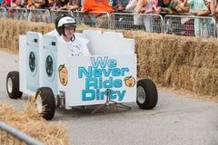 Team Races Washing Machine Vehicle i derby för Atlanta tvålask Royaltyfri Foto