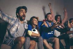 Team ` s Sieg nach dem Schuss eines Tors feiern lizenzfreie stockfotos