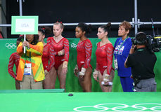 Team United States tijdens een artistieke gymnastiek opleidingssessie voor Rio 2016 Olympics in Rio Olympic Arena Royalty-vrije Stock Foto's