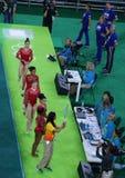 Team United States under en konstnärlig gymnastikutbildningsperiod för Rio de Janeiro 2016 OS:er på Rio Olympic Arena Royaltyfri Bild