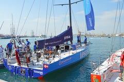 Team Vestas Wind Prepare To-Verlof voor het Begin van het Oceaanras van Volvo stock afbeelding