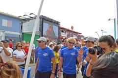 Team Vestas Wind Walk To deras fartyg Fotografering för Bildbyråer