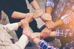 Teamwork-Einheit im Team, Qualitätsteam lizenzfreie stockfotos